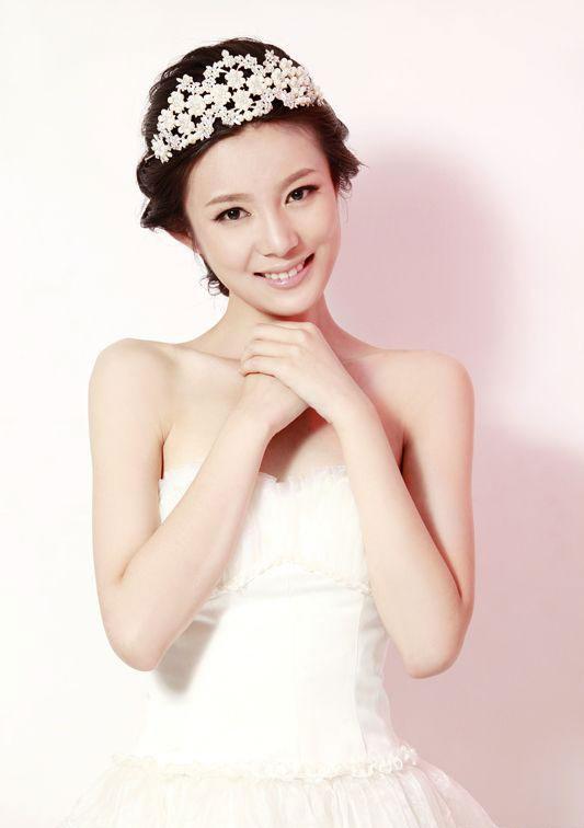 邬倩倩邬靖靖_回应称邬靖靖虽然是自己妻子邬倩倩的亲侄女,但是邬靖靖出身表演专业