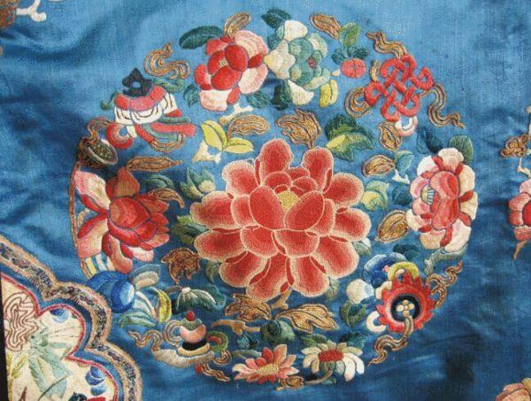 云裳钗影:走进民间珍宝馆 欣赏绝美旗袍饰品