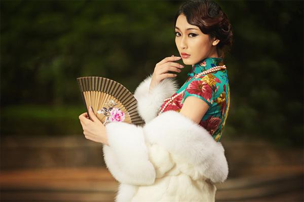 旗袍搭配披肩 让你美翻整个冬天