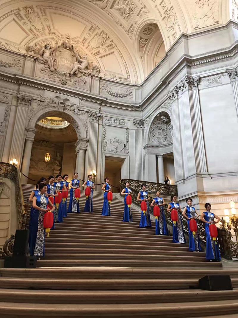 第二届旗袍文化月唱响旧金山