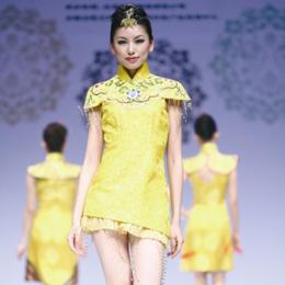 格格旗袍:东方霓裳