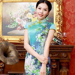 逸福最新款优雅旗袍