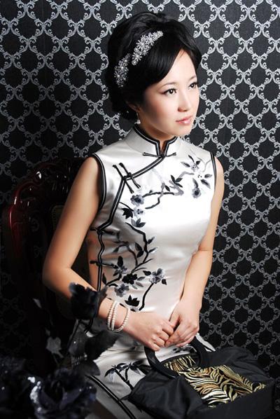孟洛川旗袍