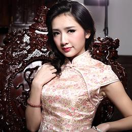 荣萍典雅旗袍