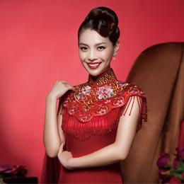主持人栗坤代言格格旗袍 华丽大片彰显中国美