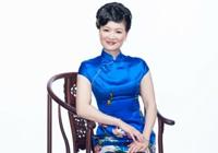 """旗袍背后的故事:""""学霸""""中文教师王昭平  穿着旗袍的美国往事"""