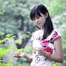 旗袍摄影:初春复古清新旗袍写真