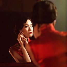 旗袍摄影:红旗袍