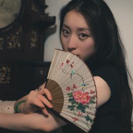 旗袍摄影:在你的眼神中