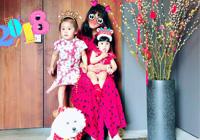 咘咘和Bo妞穿着复古旗袍 祝大家狗年旺旺