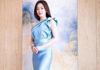 秦岚穿旗袍裙,好身材展示得淋漓极致