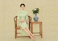 练束梅中国风旗袍性感又大气,温婉又有魅力