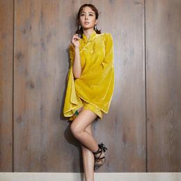 蔡依林俏皮演绎中国风 梳双马尾穿旗袍活泼又时尚